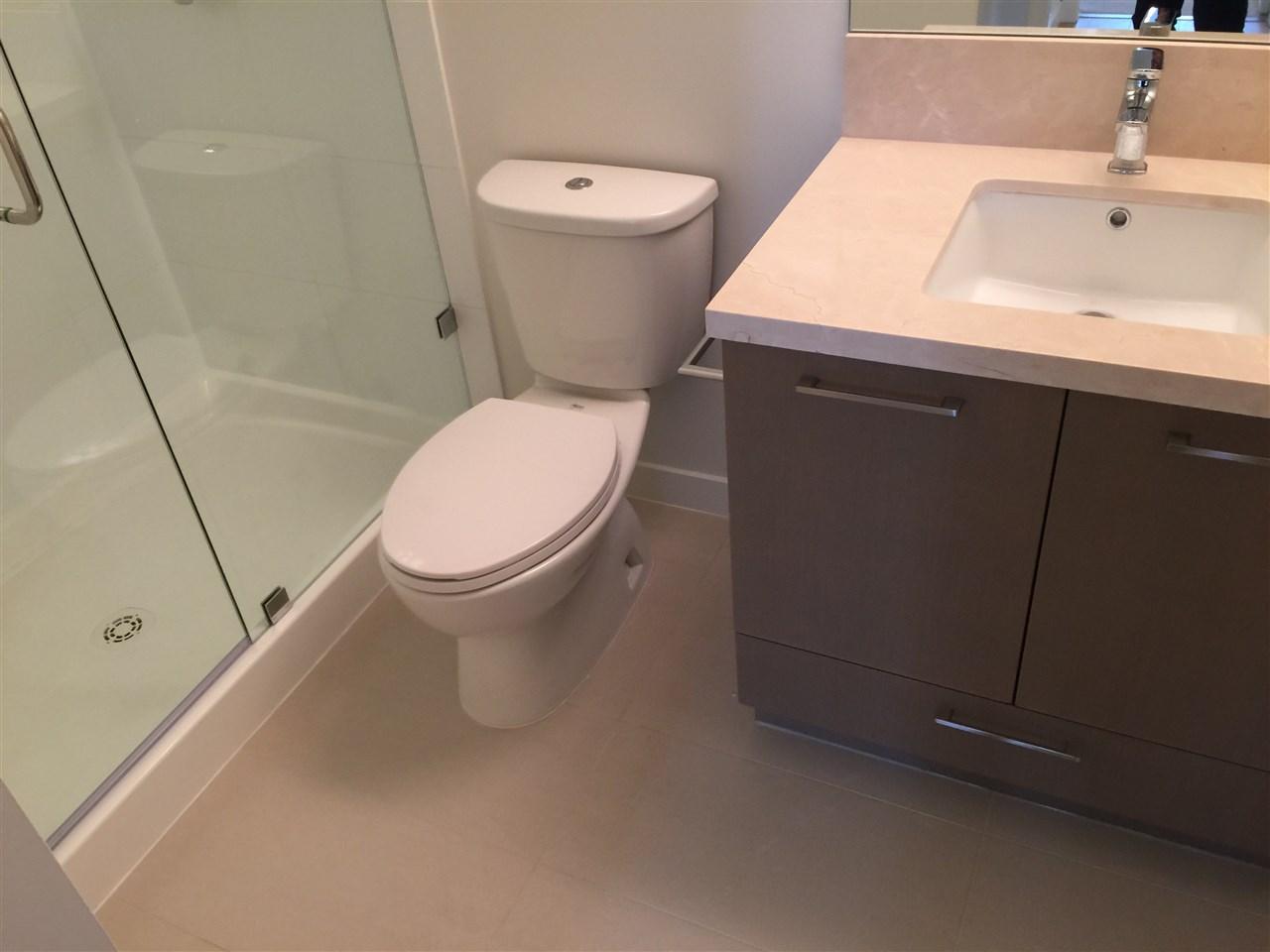 Condo Apartment at 1105 3080 LINCOLN AVENUE, Unit 1105, Coquitlam, British Columbia. Image 9
