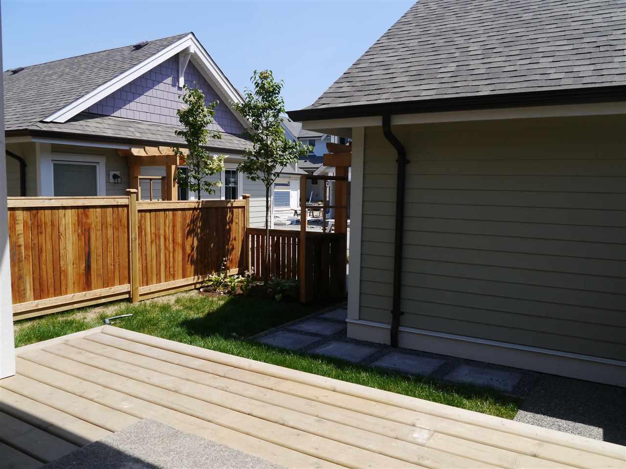Townhouse at 5400 PEACH ROAD, Sardis, British Columbia. Image 8