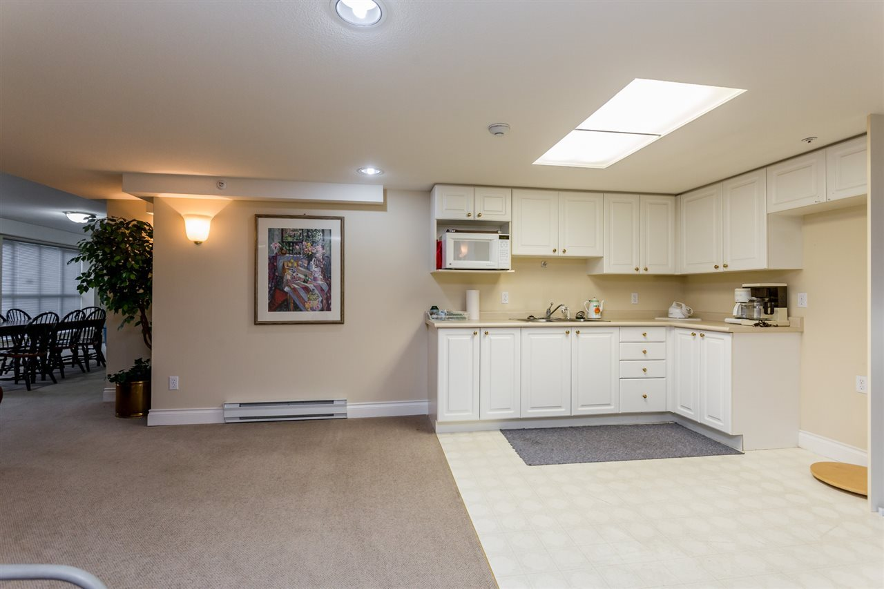 Condo Apartment at 106 20727 DOUGLAS CRESCENT, Unit 106, Langley, British Columbia. Image 16