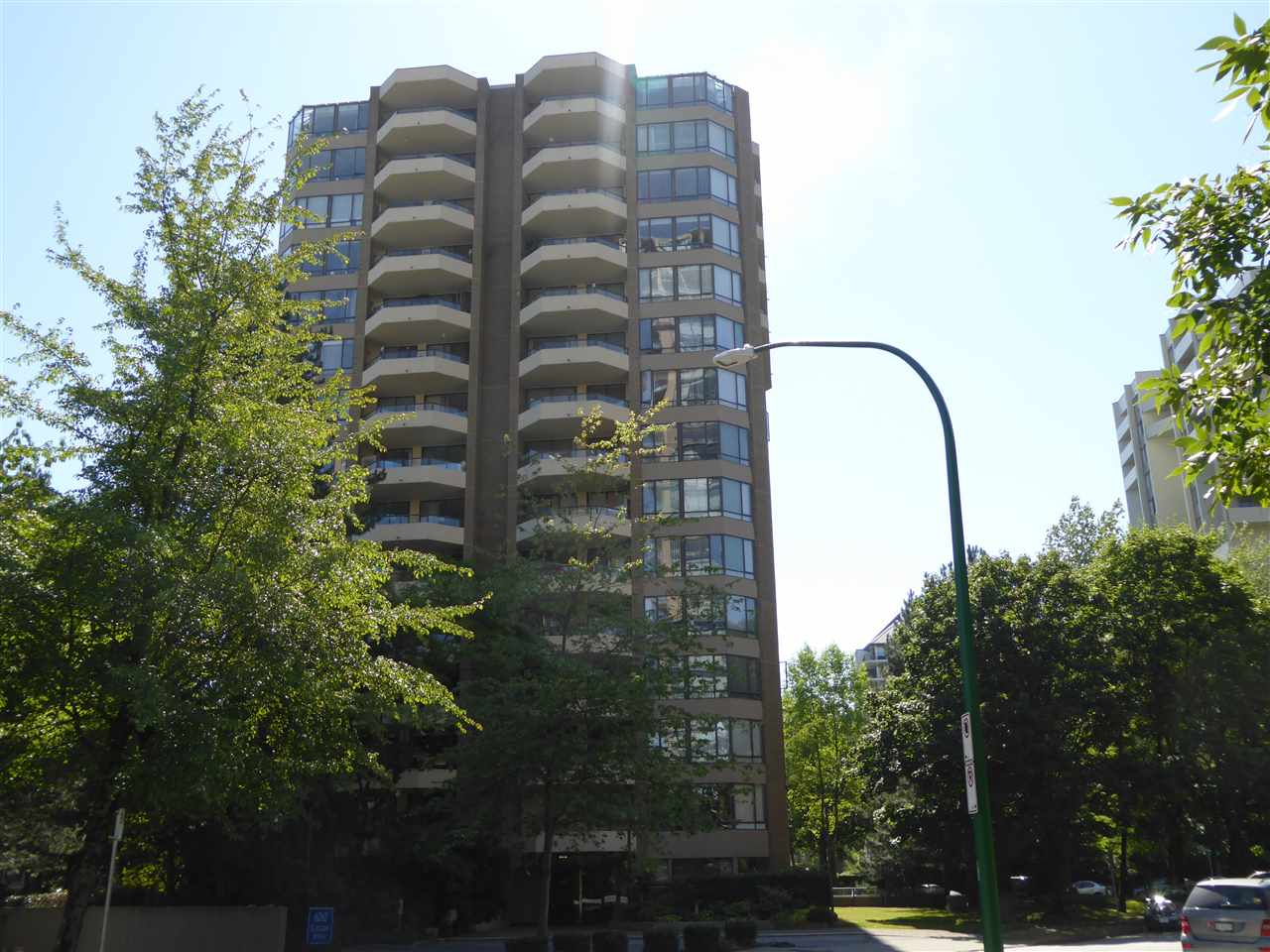 Condo Apartment at 1603 6282 KATHLEEN AVENUE, Unit 1603, Burnaby South, British Columbia. Image 1