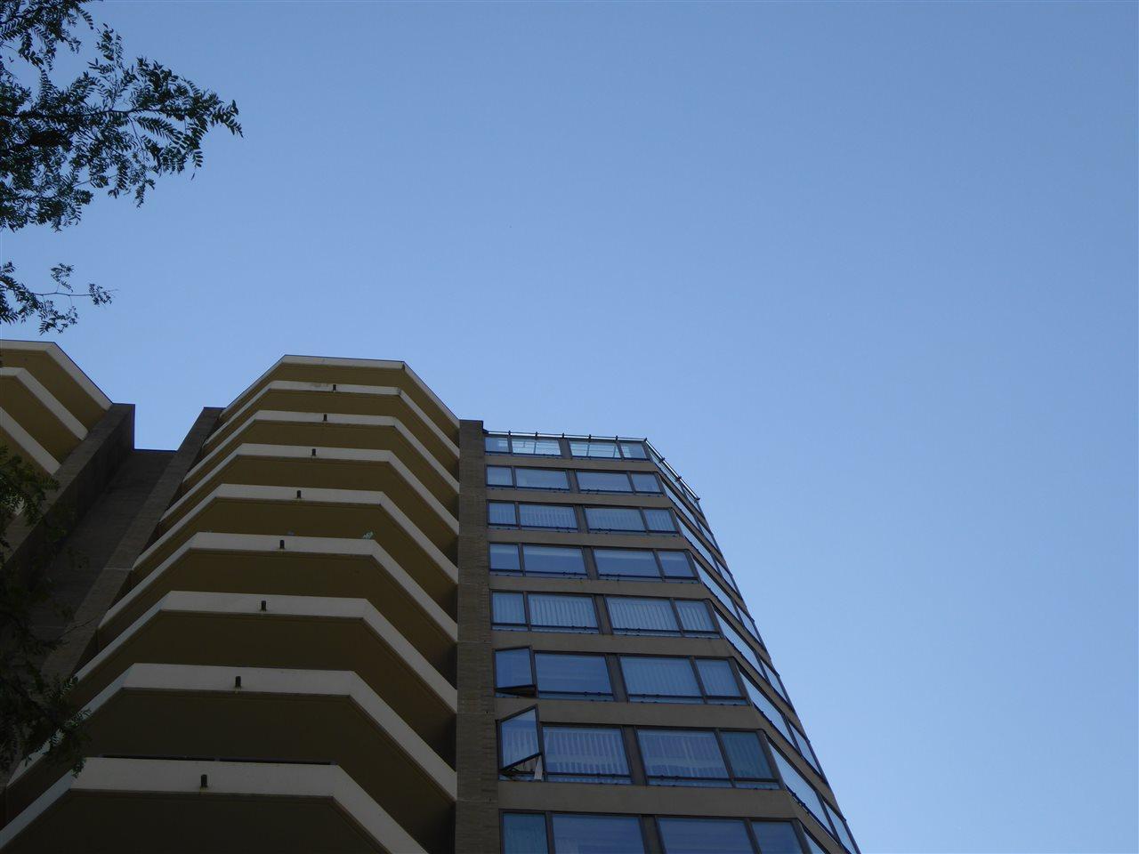 Condo Apartment at 1603 6282 KATHLEEN AVENUE, Unit 1603, Burnaby South, British Columbia. Image 5