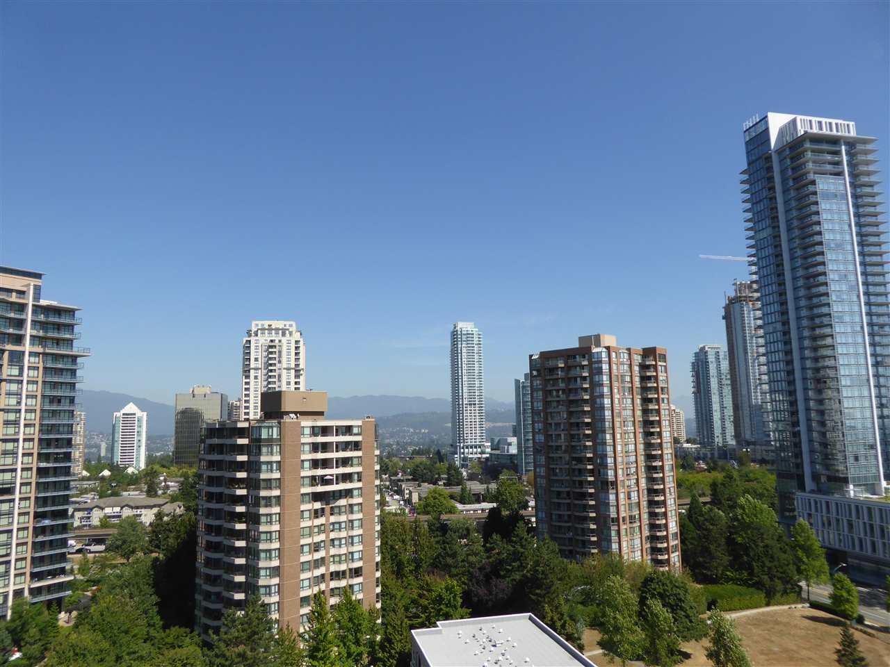 Condo Apartment at 1603 6282 KATHLEEN AVENUE, Unit 1603, Burnaby South, British Columbia. Image 8