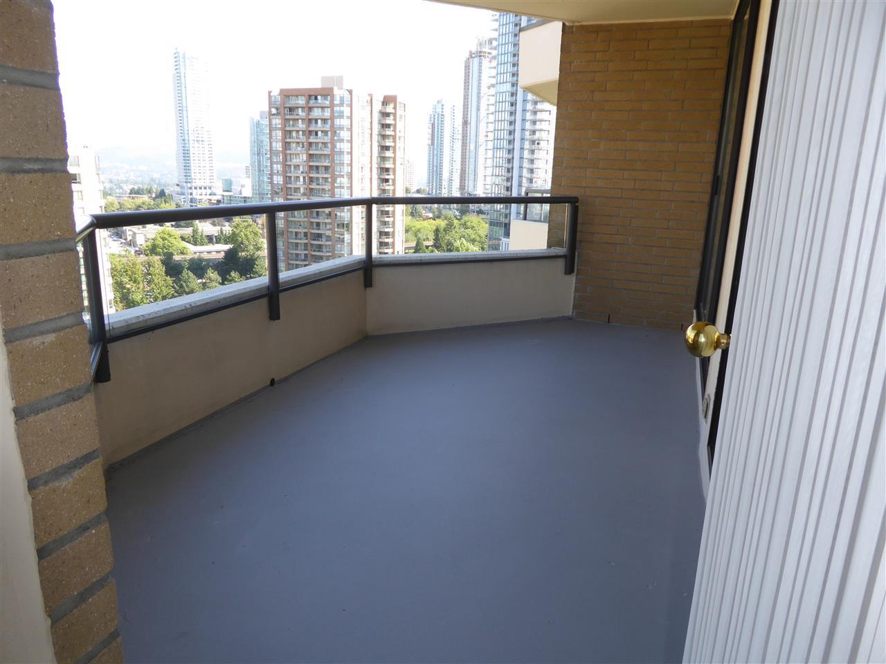Condo Apartment at 1603 6282 KATHLEEN AVENUE, Unit 1603, Burnaby South, British Columbia. Image 18