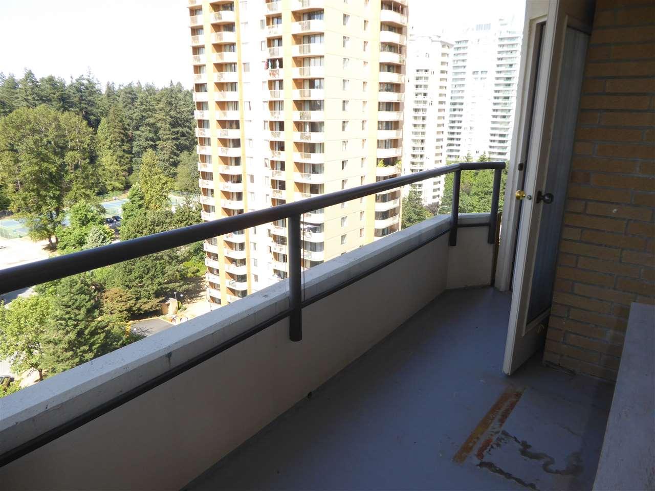 Condo Apartment at 1603 6282 KATHLEEN AVENUE, Unit 1603, Burnaby South, British Columbia. Image 19