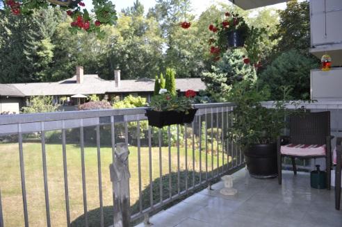 Condo Apartment at 1243 235 KEITH ROAD, Unit 1243, West Vancouver, British Columbia. Image 2