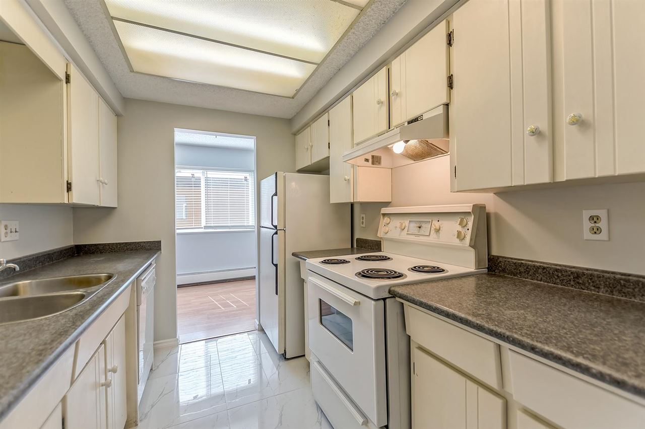 Condo Apartment at 211 1011 FOURTH AVENUE, Unit 211, New Westminster, British Columbia. Image 6