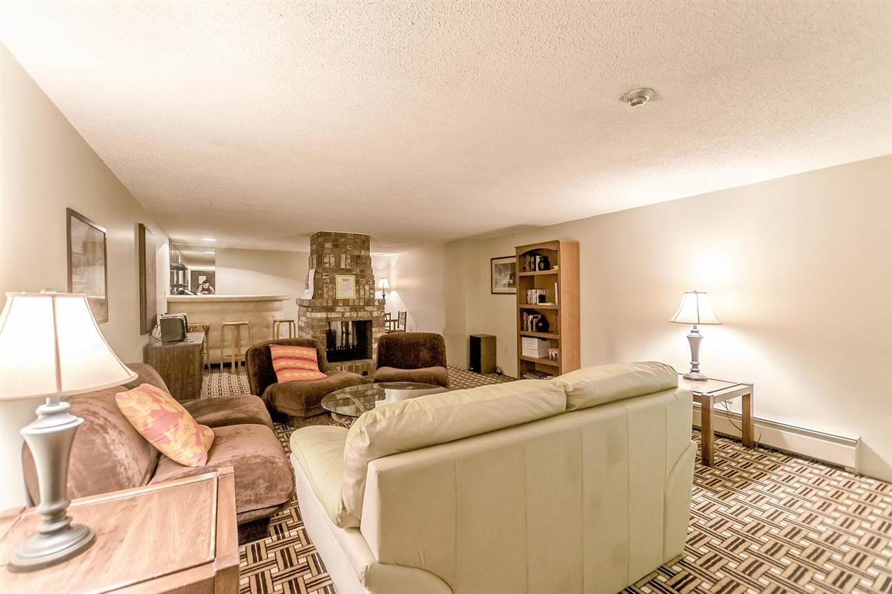Condo Apartment at 211 1011 FOURTH AVENUE, Unit 211, New Westminster, British Columbia. Image 18