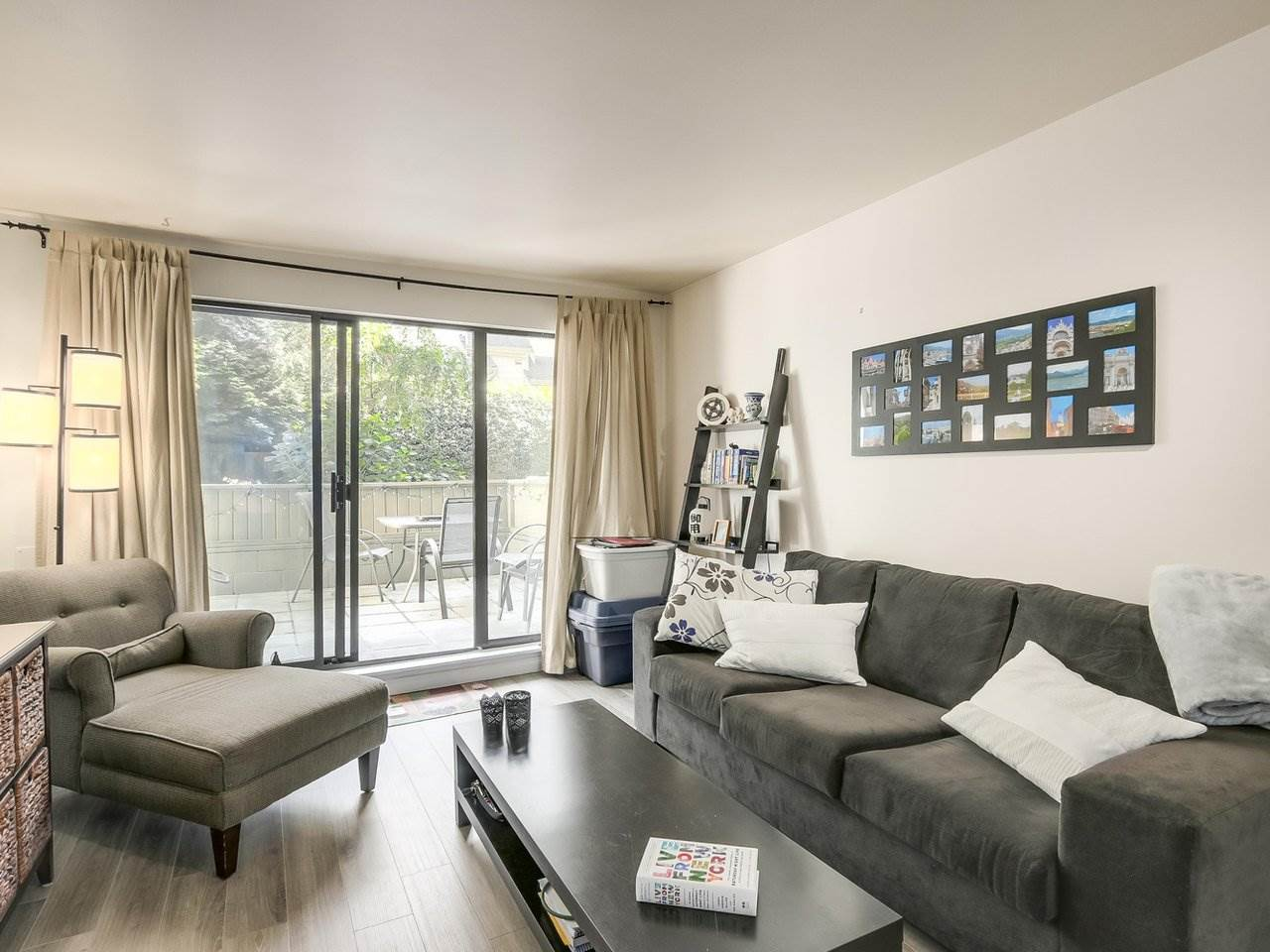 Condo Apartment at 210 1215 PACIFIC STREET, Unit 210, Vancouver West, British Columbia. Image 4