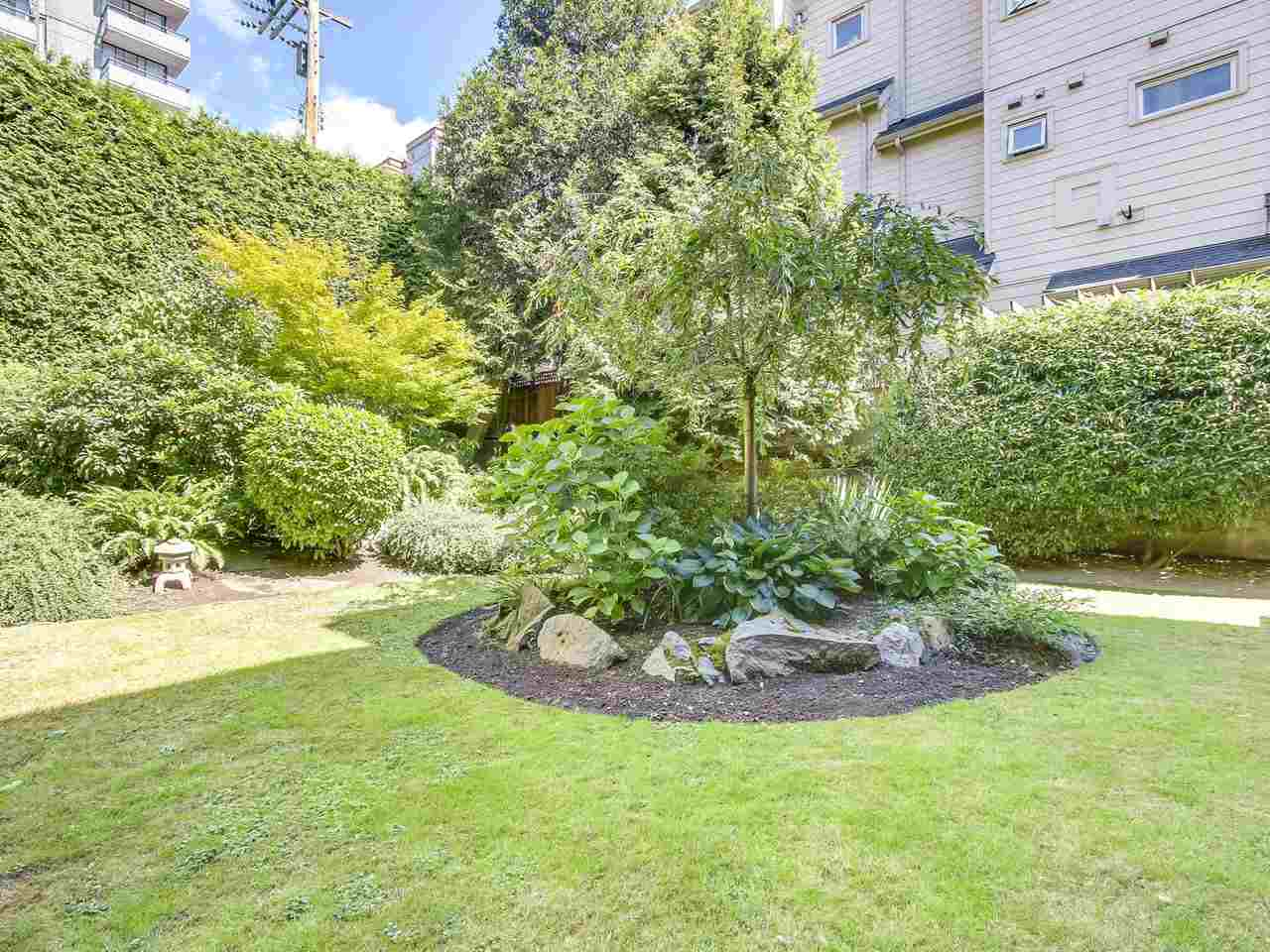 Condo Apartment at 210 1215 PACIFIC STREET, Unit 210, Vancouver West, British Columbia. Image 13