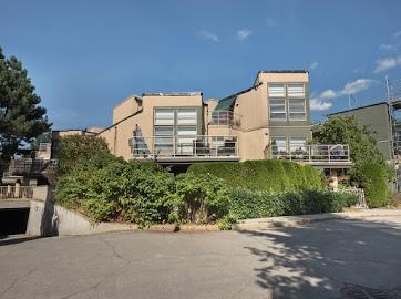 Condo Apartment at 304 22277 122 AVENUE, Unit 304, Maple Ridge, British Columbia. Image 1