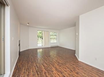 Condo Apartment at 304 22277 122 AVENUE, Unit 304, Maple Ridge, British Columbia. Image 3
