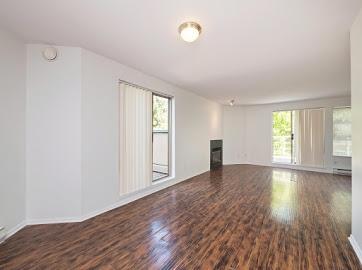 Condo Apartment at 304 22277 122 AVENUE, Unit 304, Maple Ridge, British Columbia. Image 10