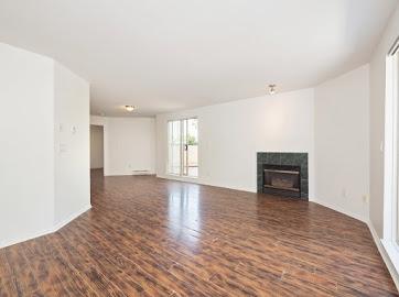 Condo Apartment at 304 22277 122 AVENUE, Unit 304, Maple Ridge, British Columbia. Image 13