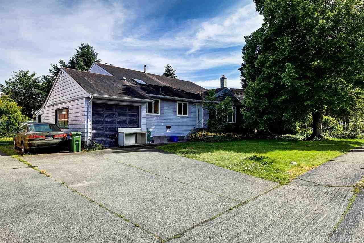 Detached at 6080 REDFERN CRESCENT, Richmond, British Columbia. Image 2