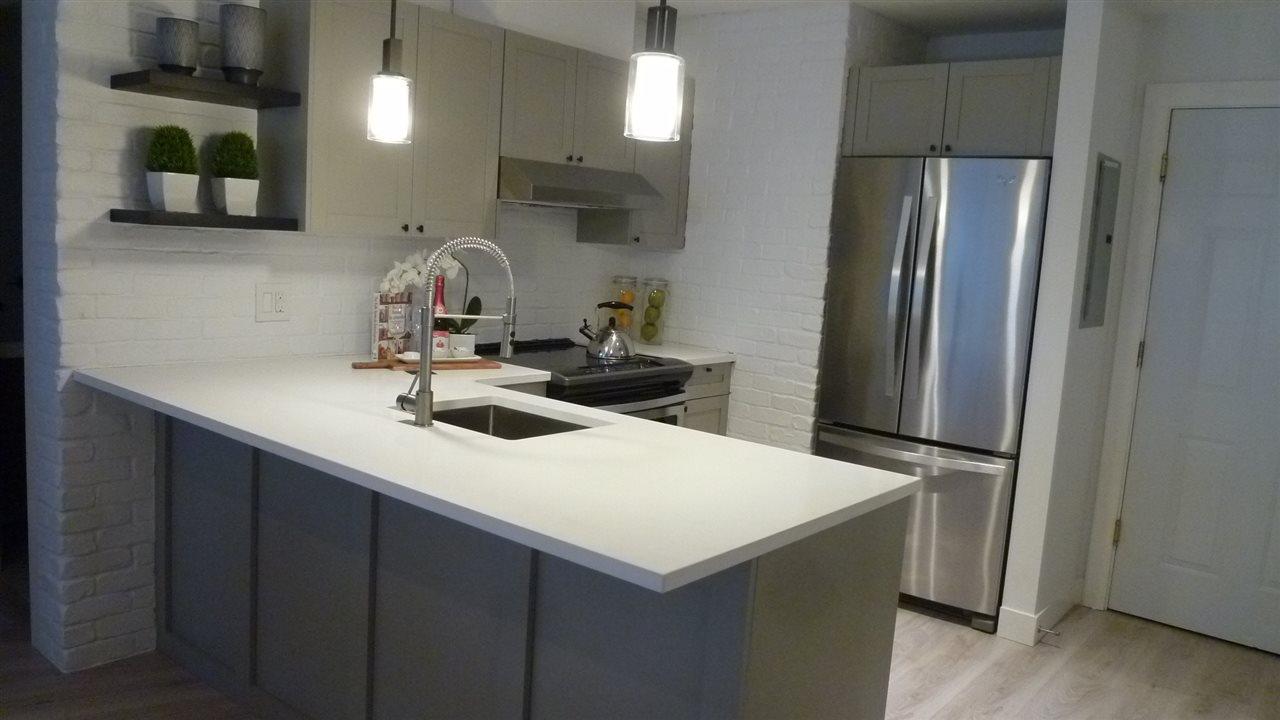 Condo Apartment at 129 5880 DOVER CRESCENT, Unit 129, Richmond, British Columbia. Image 4