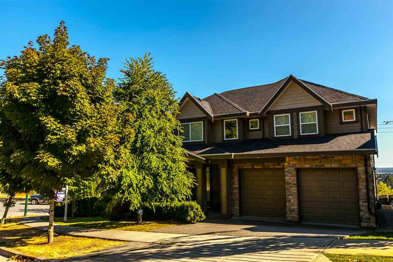 Detached at 3424 DON MOORE DRIVE, Coquitlam, British Columbia. Image 2
