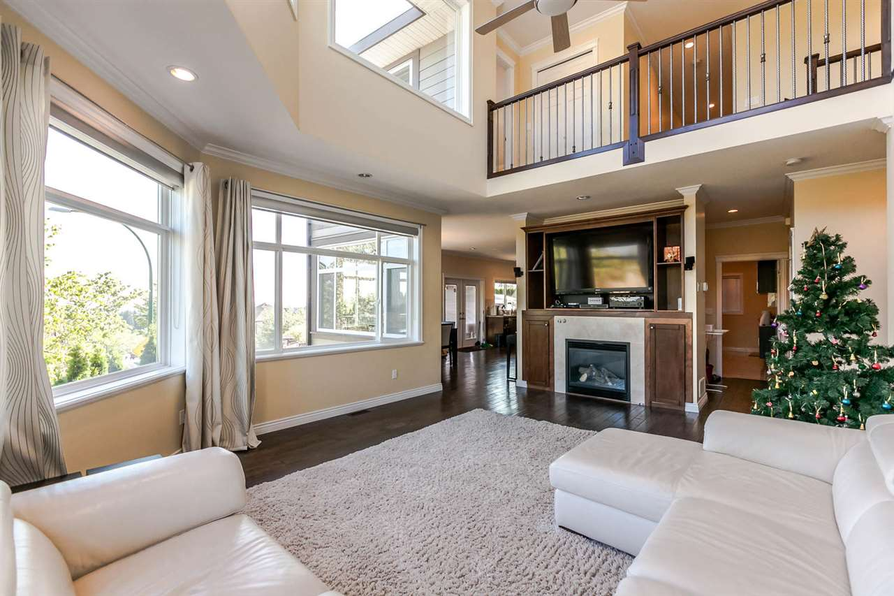 Detached at 3424 DON MOORE DRIVE, Coquitlam, British Columbia. Image 5