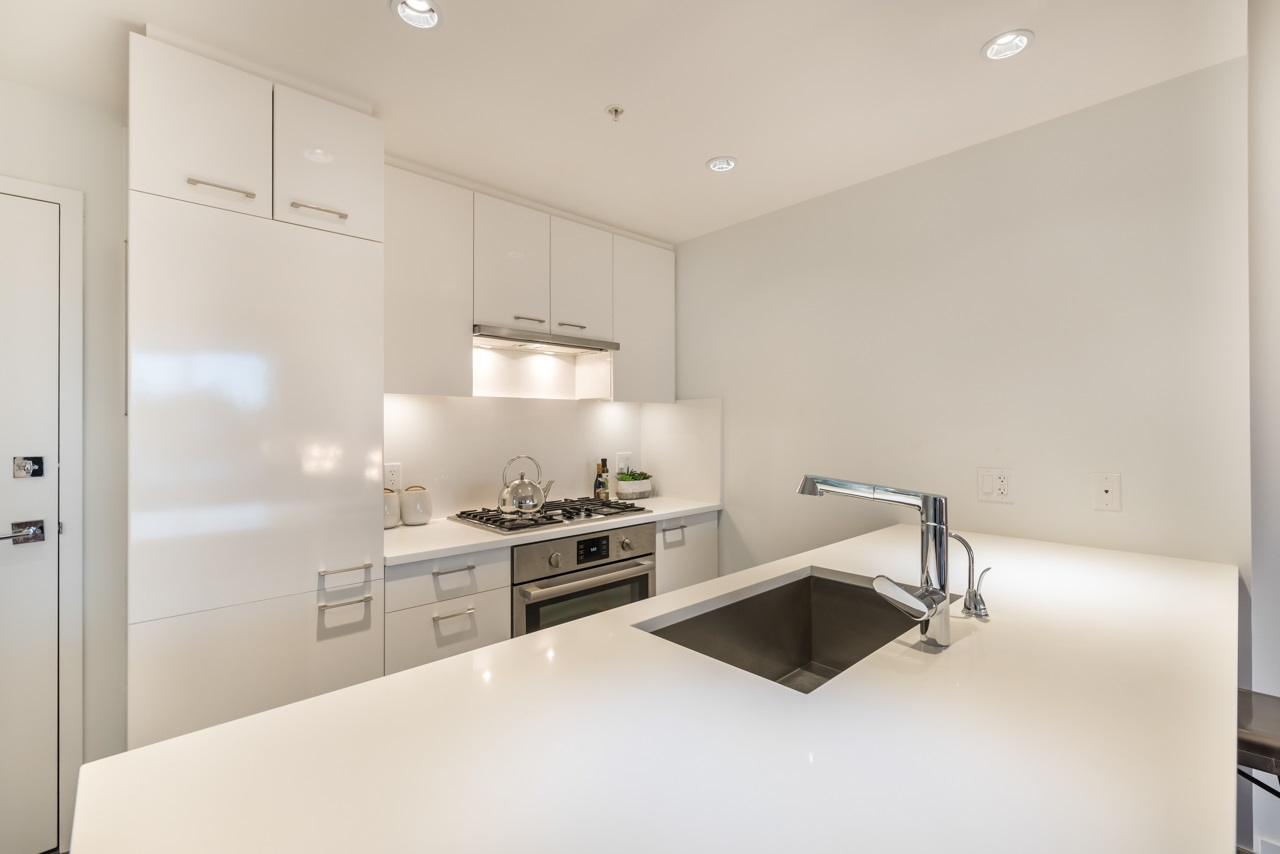 Condo Apartment at 503 6383 CAMBIE STREET, Unit 503, Vancouver West, British Columbia. Image 14