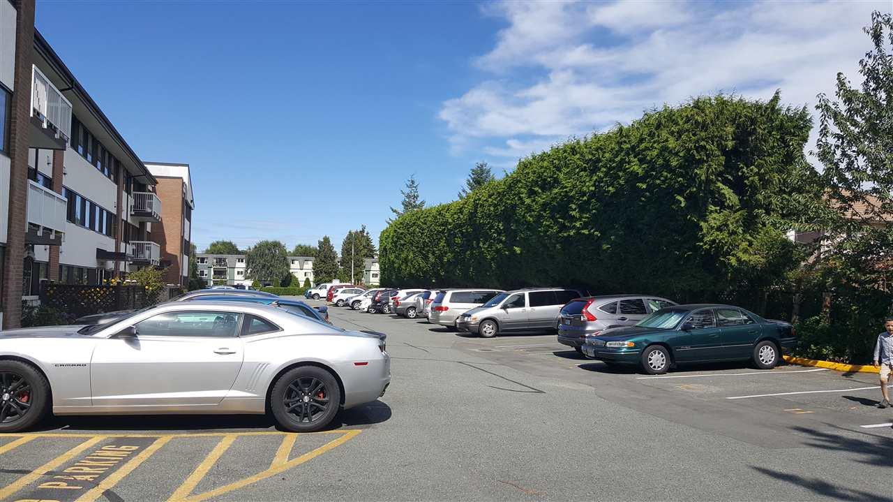 Condo Apartment at 305 8080 RYAN ROAD, Unit 305, Richmond, British Columbia. Image 19