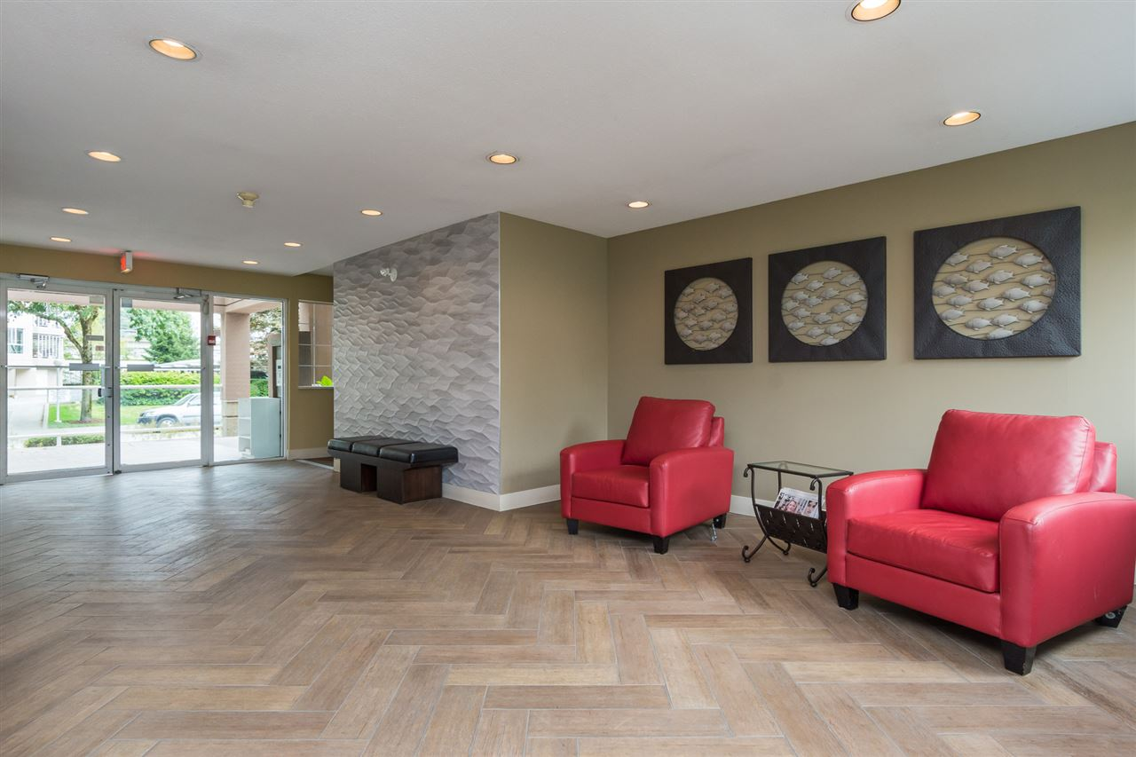Condo Apartment at 210 1150 QUAYSIDE DRIVE, Unit 210, New Westminster, British Columbia. Image 2