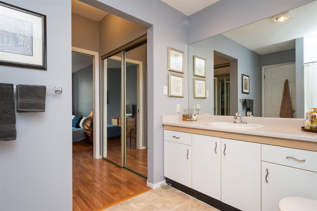 Condo Apartment at 210 1150 QUAYSIDE DRIVE, Unit 210, New Westminster, British Columbia. Image 15