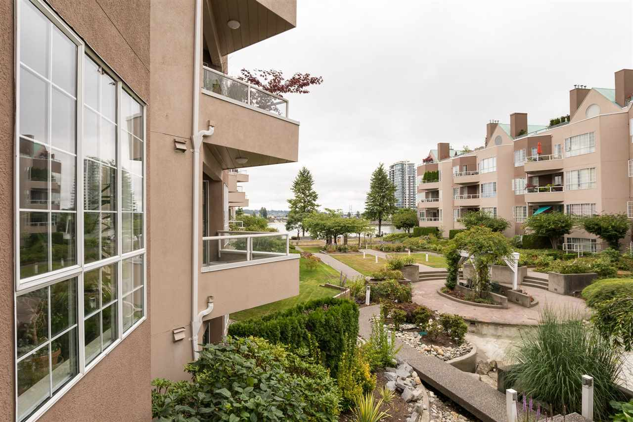 Condo Apartment at 210 1150 QUAYSIDE DRIVE, Unit 210, New Westminster, British Columbia. Image 19