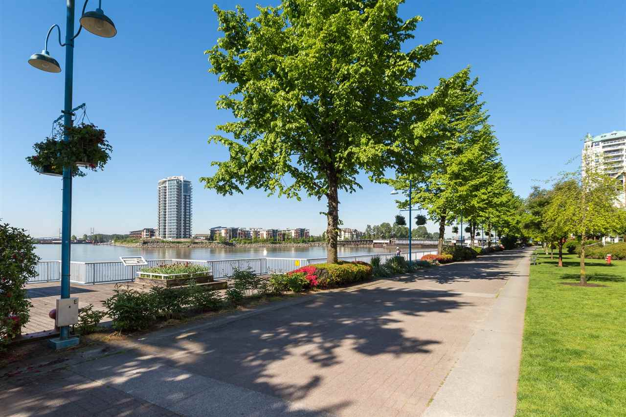 Condo Apartment at 210 1150 QUAYSIDE DRIVE, Unit 210, New Westminster, British Columbia. Image 20