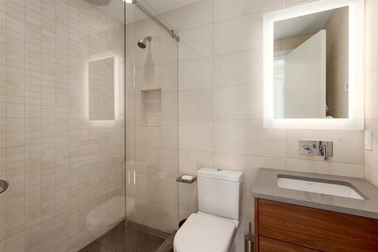 Condo Apartment at 18B 199 DRAKE STREET, Unit 18B, Vancouver West, British Columbia. Image 16