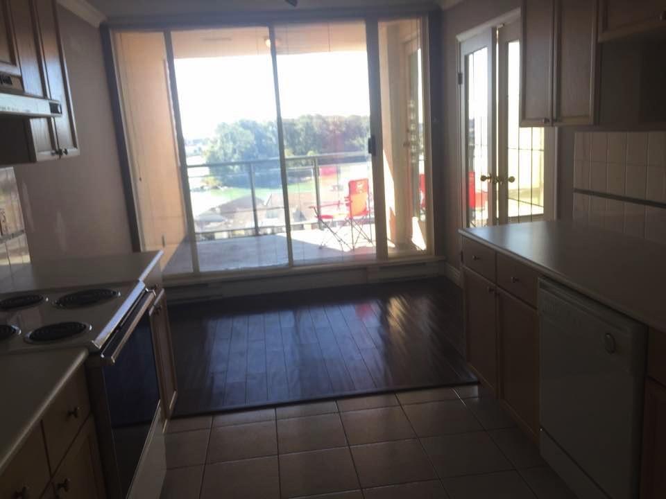 Condo Apartment at 1207 8 LAGUNA COURT, Unit 1207, New Westminster, British Columbia. Image 9
