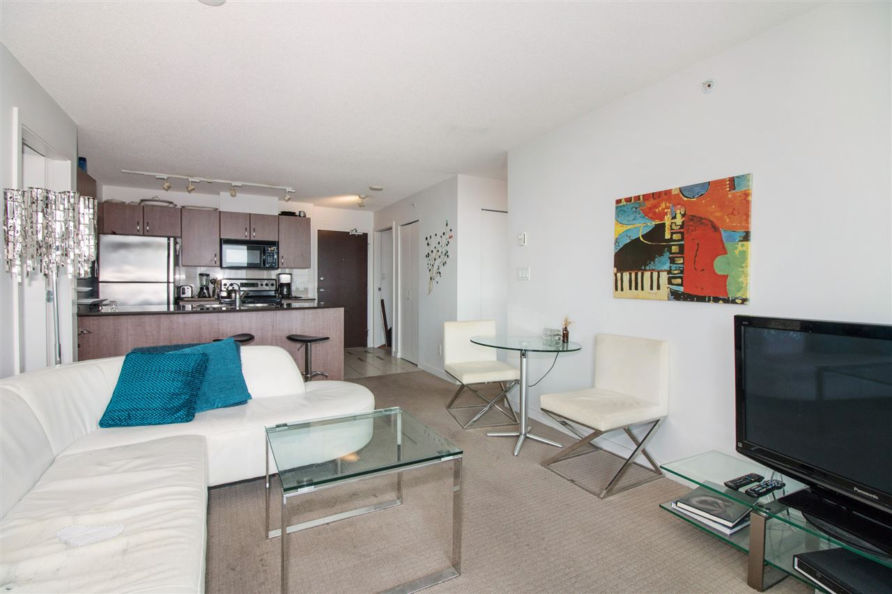 Condo Apartment at 2711 610 GRANVILLE STREET, Unit 2711, Vancouver West, British Columbia. Image 5