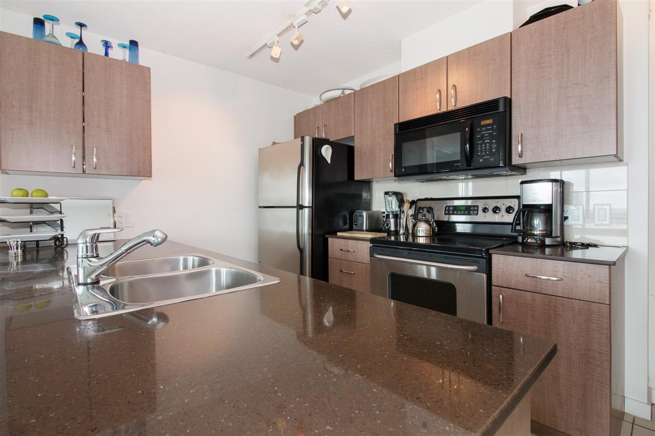 Condo Apartment at 2711 610 GRANVILLE STREET, Unit 2711, Vancouver West, British Columbia. Image 6