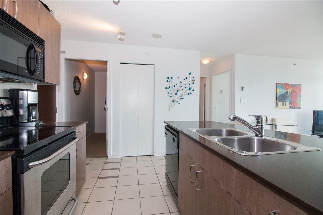 Condo Apartment at 2711 610 GRANVILLE STREET, Unit 2711, Vancouver West, British Columbia. Image 8