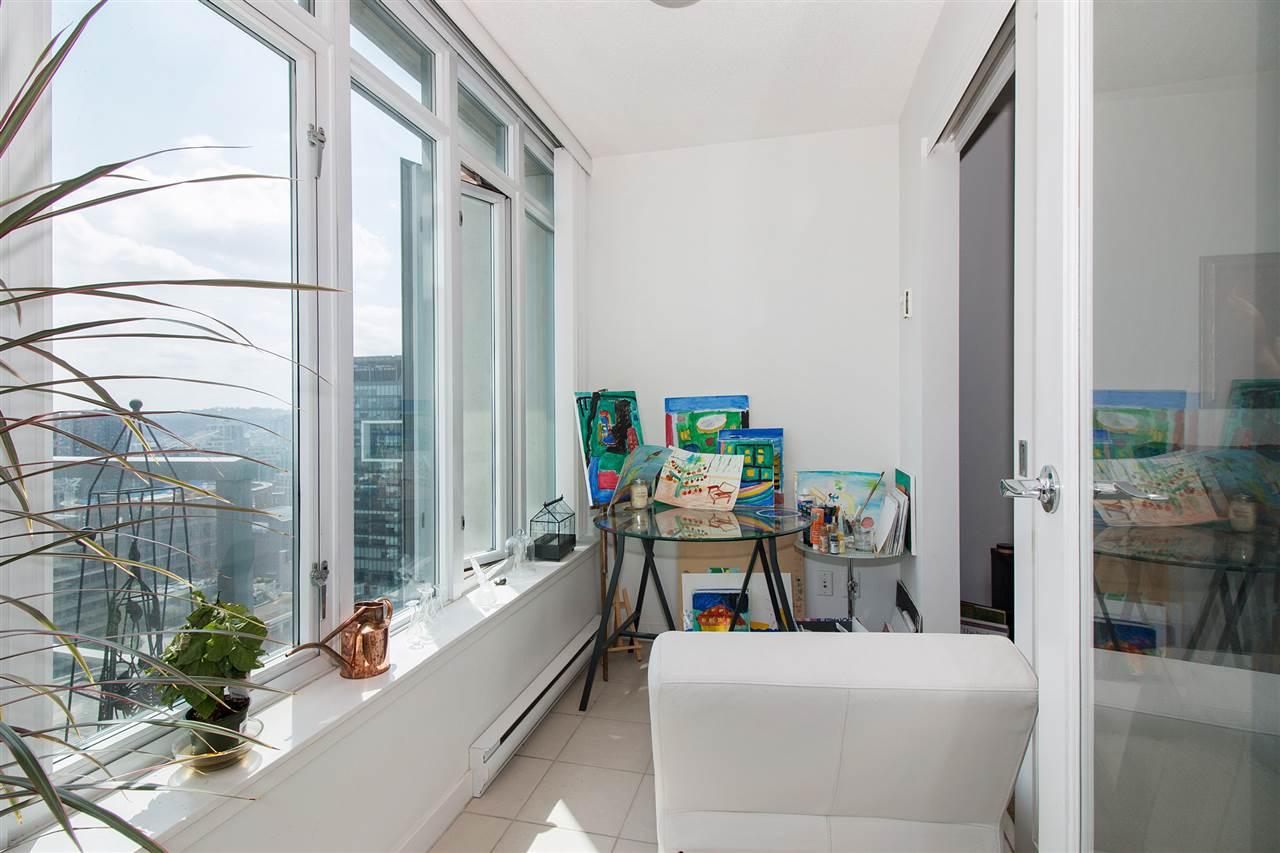 Condo Apartment at 2711 610 GRANVILLE STREET, Unit 2711, Vancouver West, British Columbia. Image 9