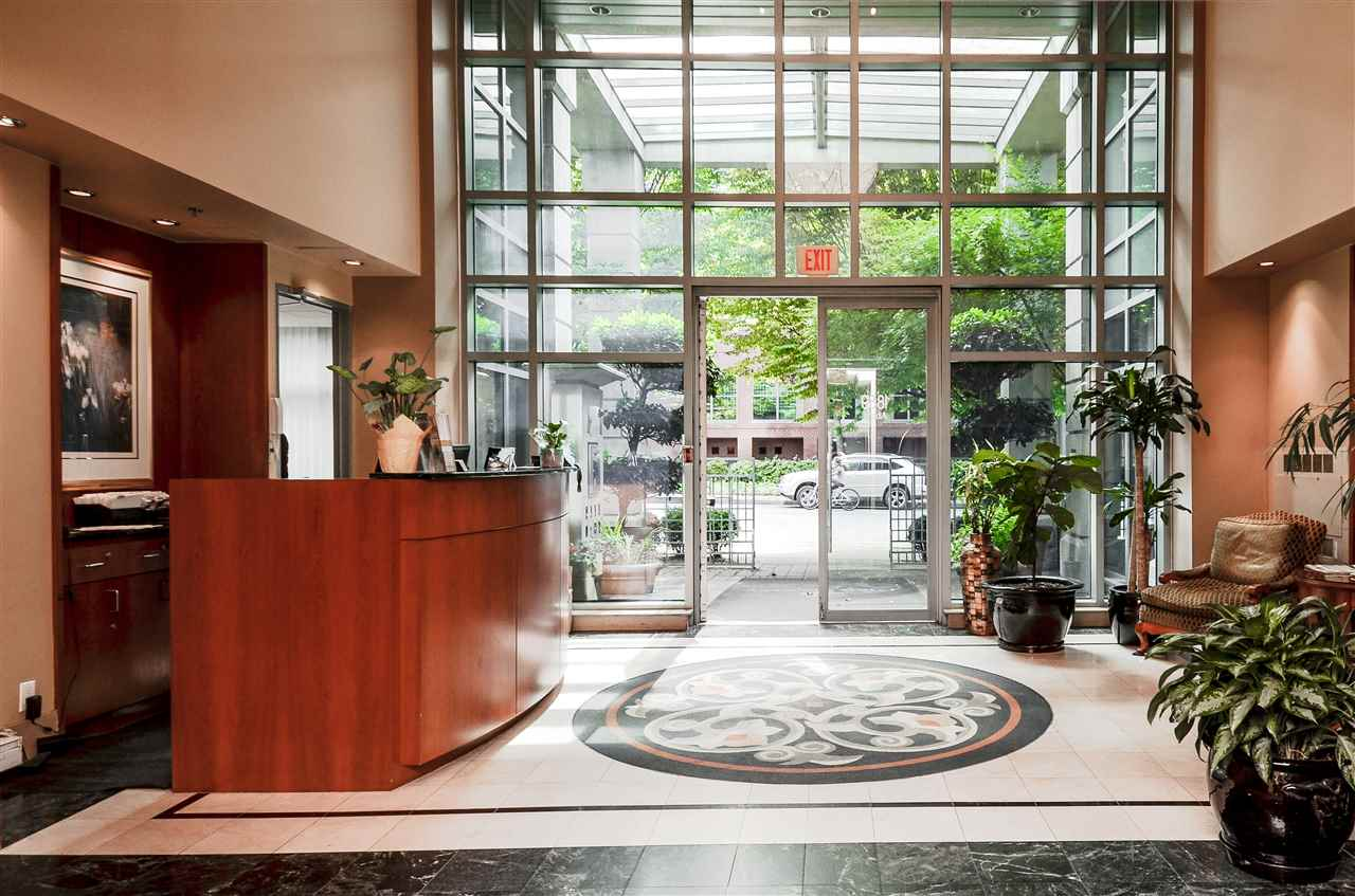 Condo Apartment at 802 1889 ALBERNI STREET, Unit 802, Vancouver West, British Columbia. Image 2