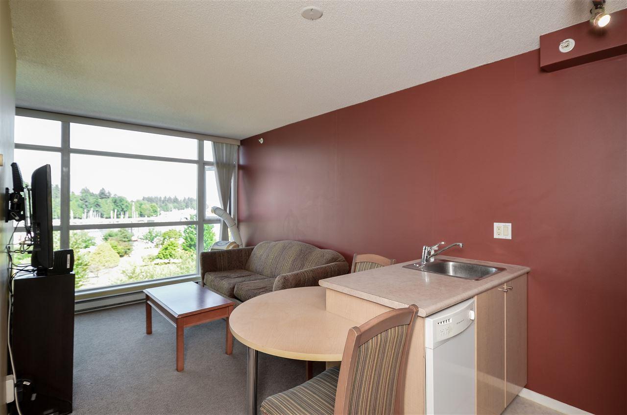 Condo Apartment at 802 1889 ALBERNI STREET, Unit 802, Vancouver West, British Columbia. Image 4