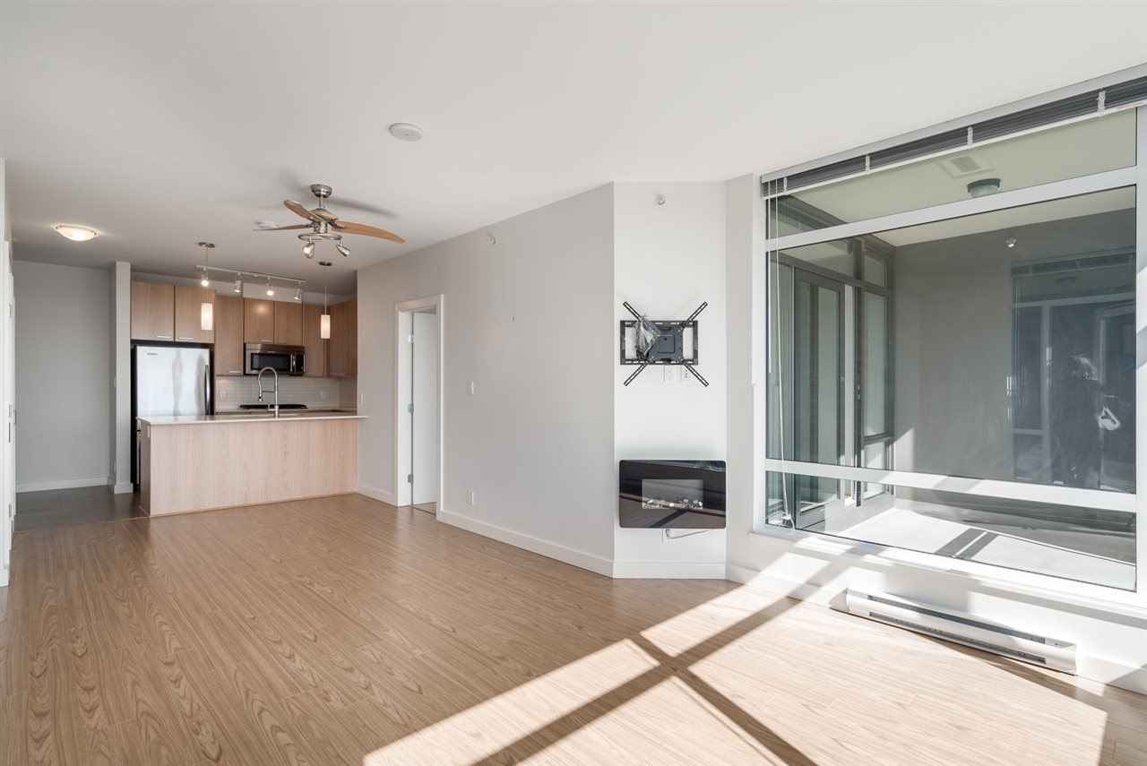 Condo Apartment at 2301 2789 SHAUGHNESSY STREET, Unit 2301, Port Coquitlam, British Columbia. Image 4