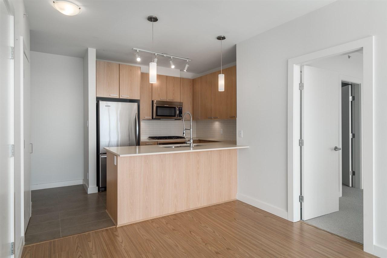 Condo Apartment at 2301 2789 SHAUGHNESSY STREET, Unit 2301, Port Coquitlam, British Columbia. Image 5