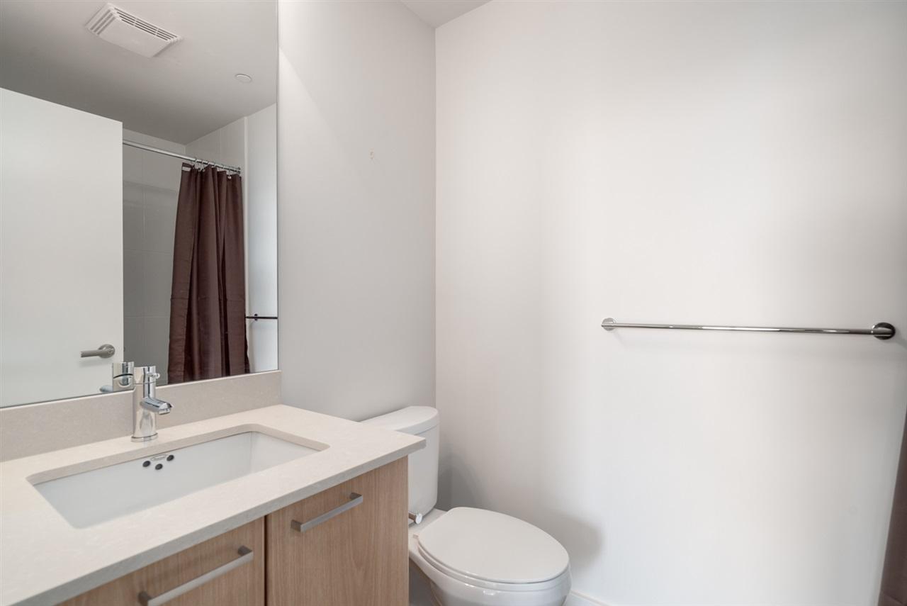 Condo Apartment at 2301 2789 SHAUGHNESSY STREET, Unit 2301, Port Coquitlam, British Columbia. Image 10