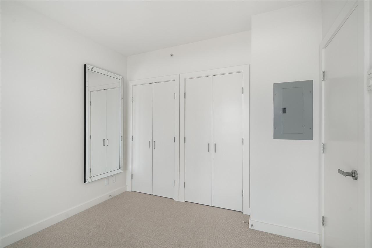 Condo Apartment at 2301 2789 SHAUGHNESSY STREET, Unit 2301, Port Coquitlam, British Columbia. Image 13