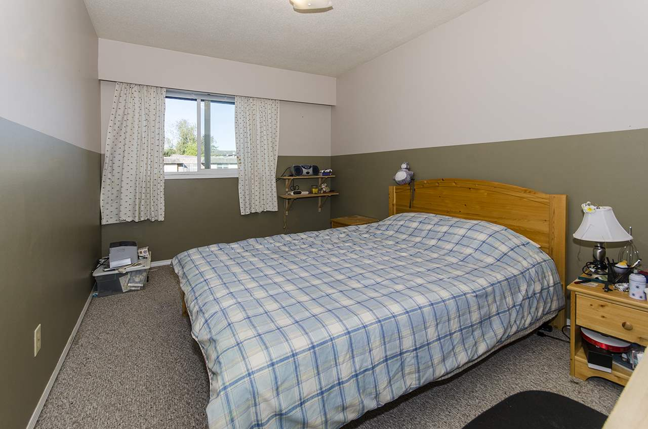 Townhouse at 10802 RYAN ROAD, Richmond, British Columbia. Image 13