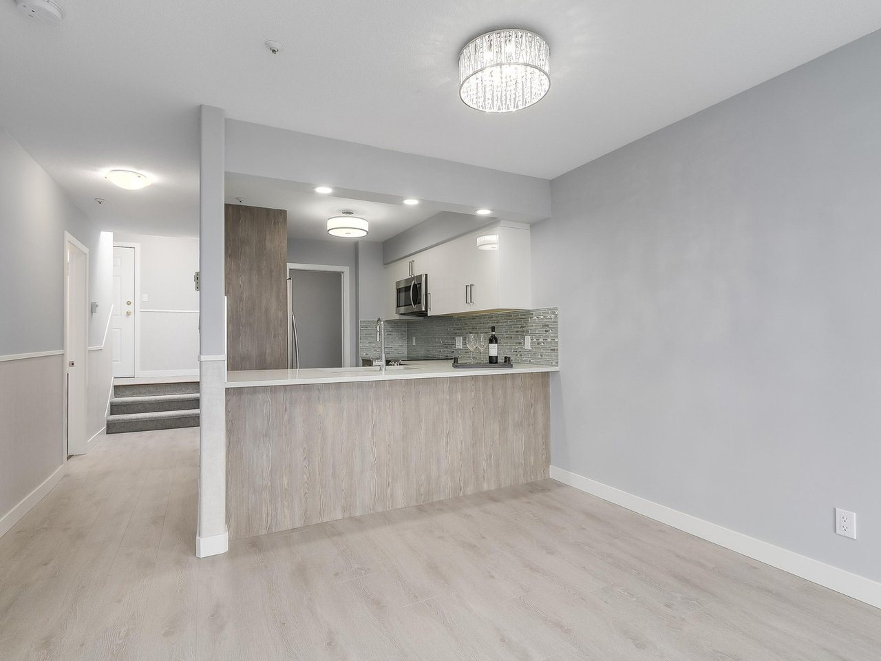 Condo Apartment at 312 4893 CLARENDON STREET, Unit 312, Vancouver East, British Columbia. Image 7
