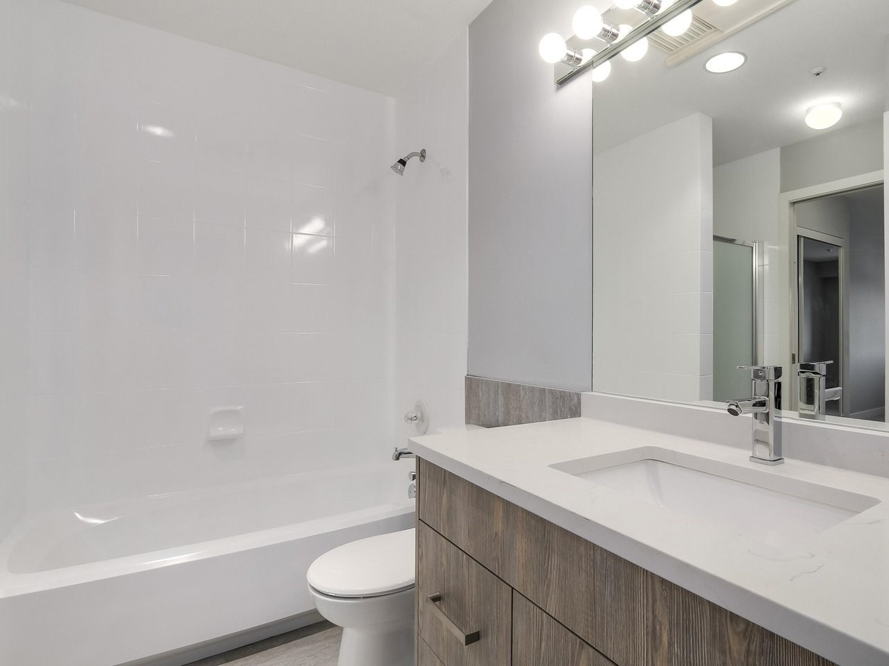 Condo Apartment at 312 4893 CLARENDON STREET, Unit 312, Vancouver East, British Columbia. Image 16