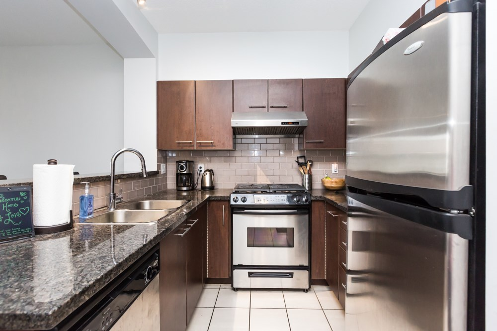 Condo Apartment at 2411 5113 GARDEN CITY ROAD, Unit 2411, Richmond, British Columbia. Image 2