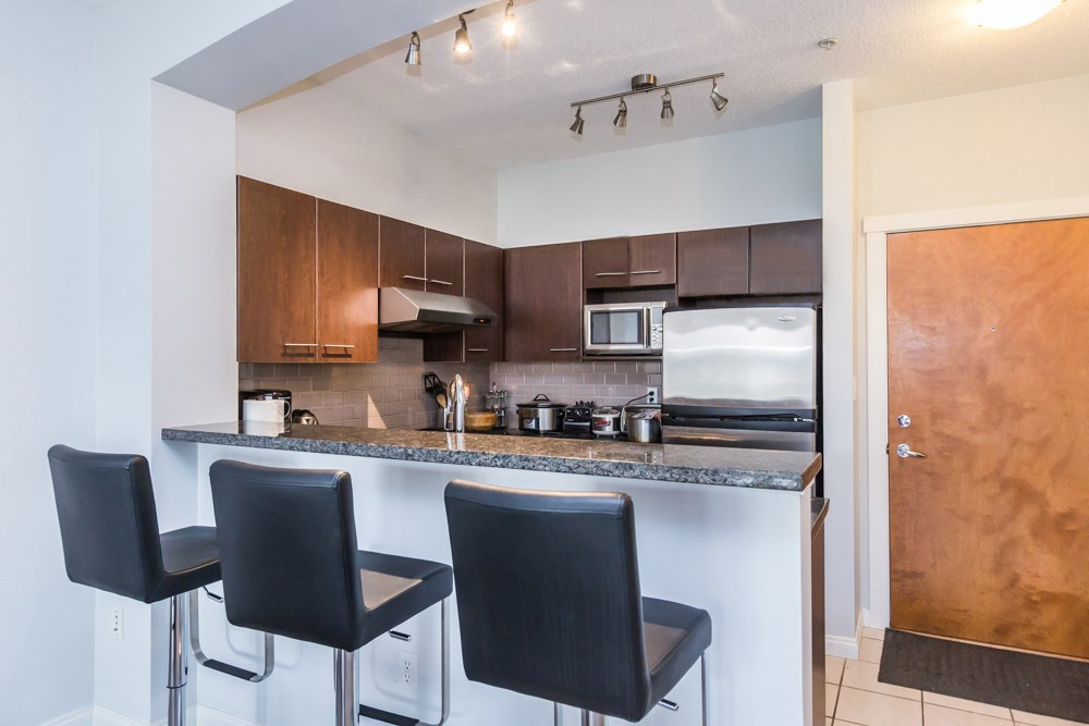Condo Apartment at 2411 5113 GARDEN CITY ROAD, Unit 2411, Richmond, British Columbia. Image 4