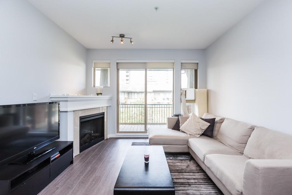 Condo Apartment at 2411 5113 GARDEN CITY ROAD, Unit 2411, Richmond, British Columbia. Image 6