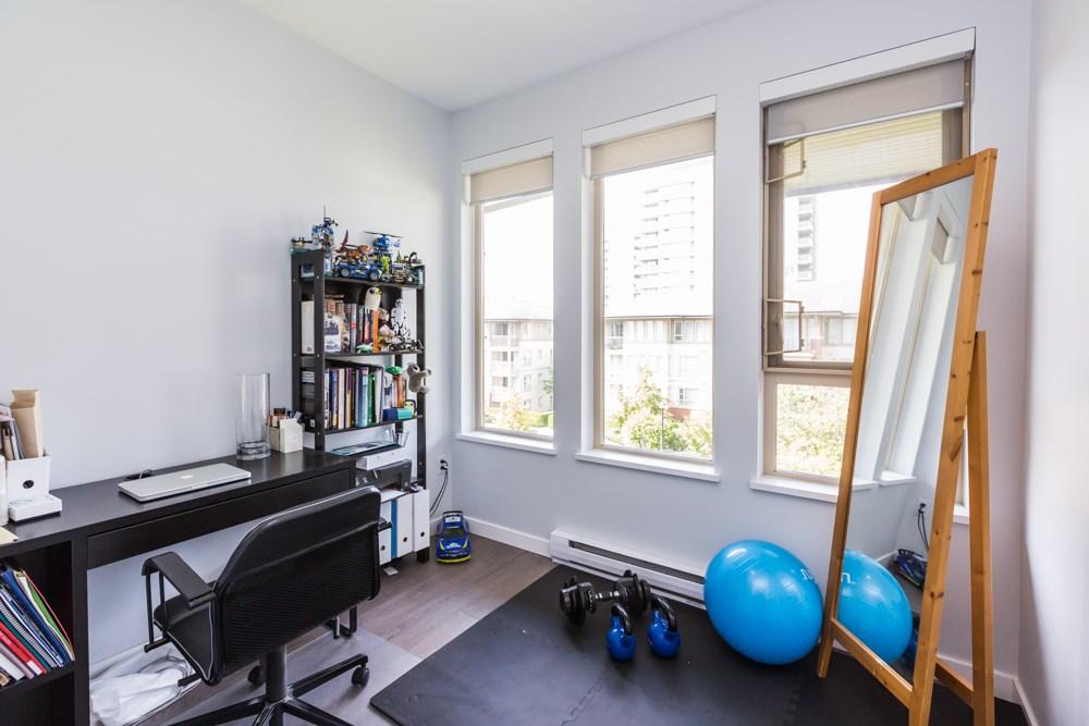 Condo Apartment at 2411 5113 GARDEN CITY ROAD, Unit 2411, Richmond, British Columbia. Image 13