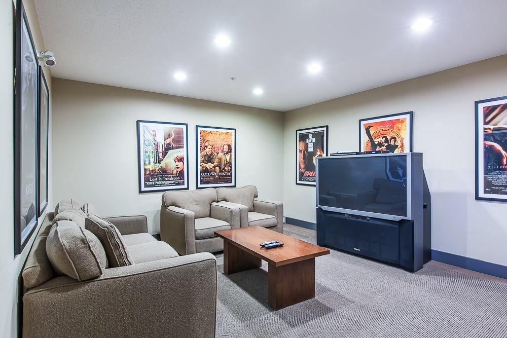 Condo Apartment at 2411 5113 GARDEN CITY ROAD, Unit 2411, Richmond, British Columbia. Image 16