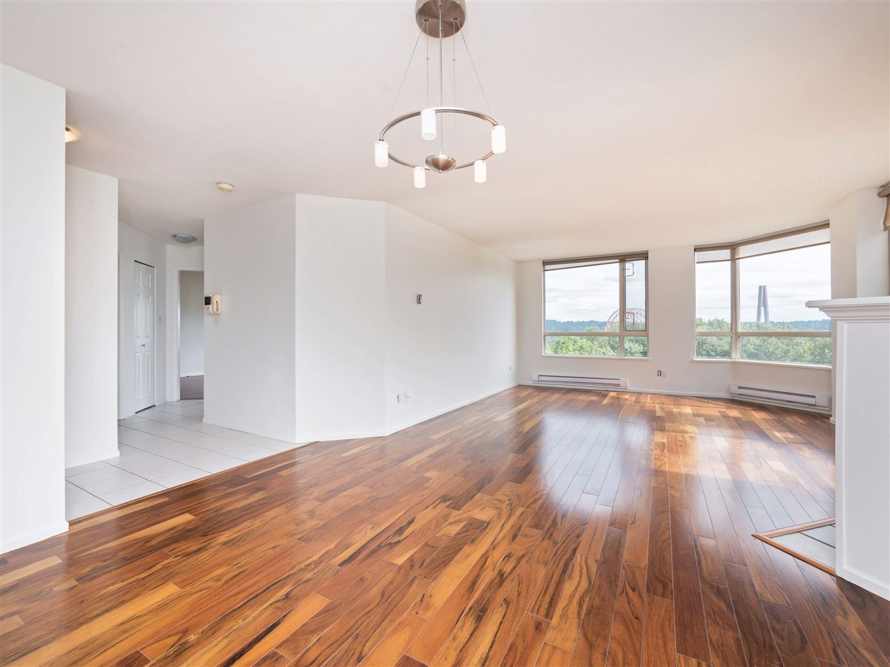 Condo Apartment at 503 38 LEOPOLD PLACE, Unit 503, New Westminster, British Columbia. Image 1