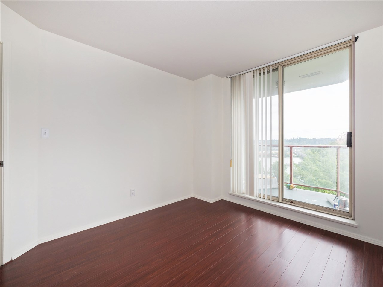 Condo Apartment at 503 38 LEOPOLD PLACE, Unit 503, New Westminster, British Columbia. Image 17