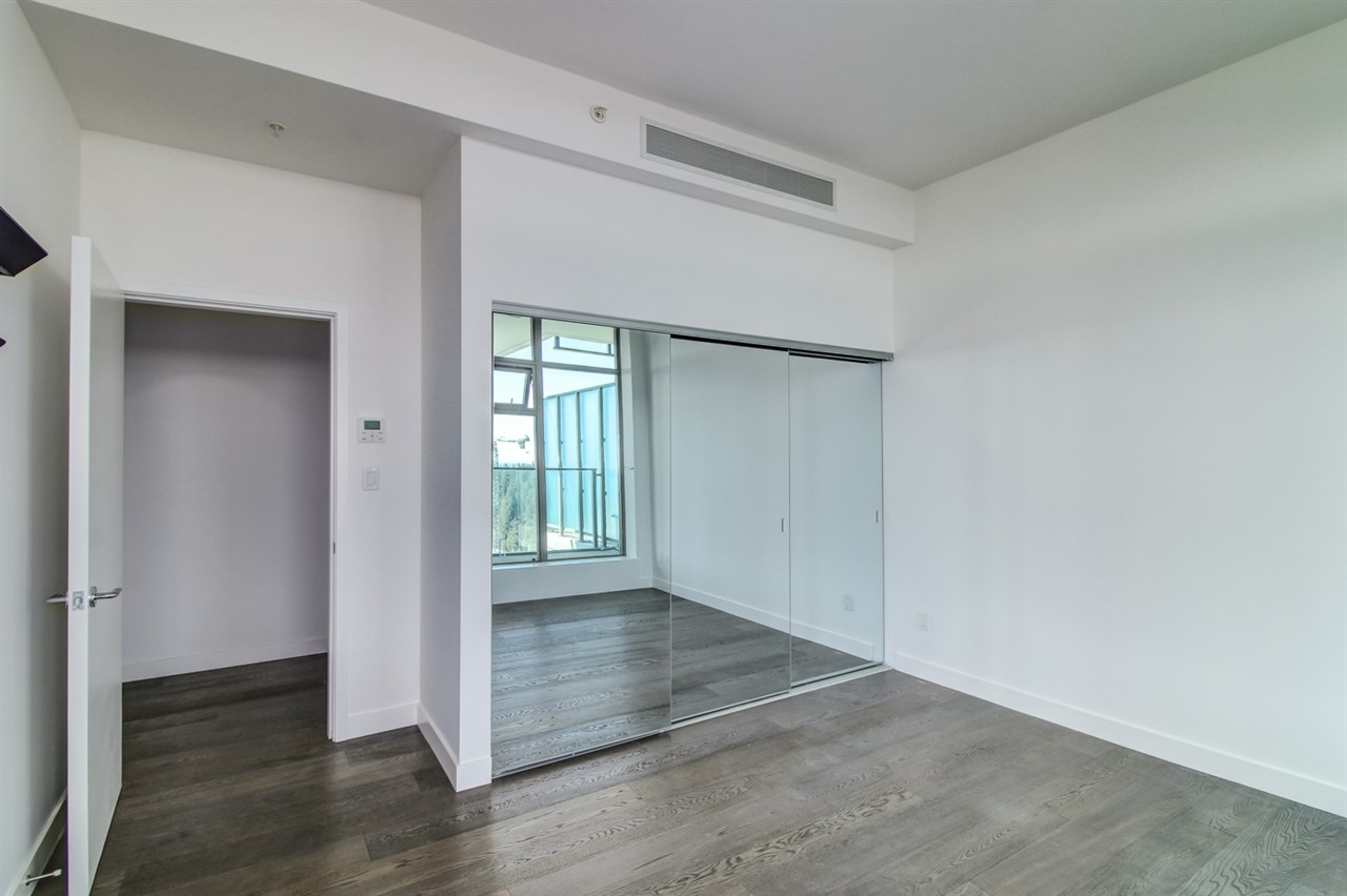 Condo Apartment at 1901 5782 BERTON AVENUE, Unit 1901, Vancouver West, British Columbia. Image 11